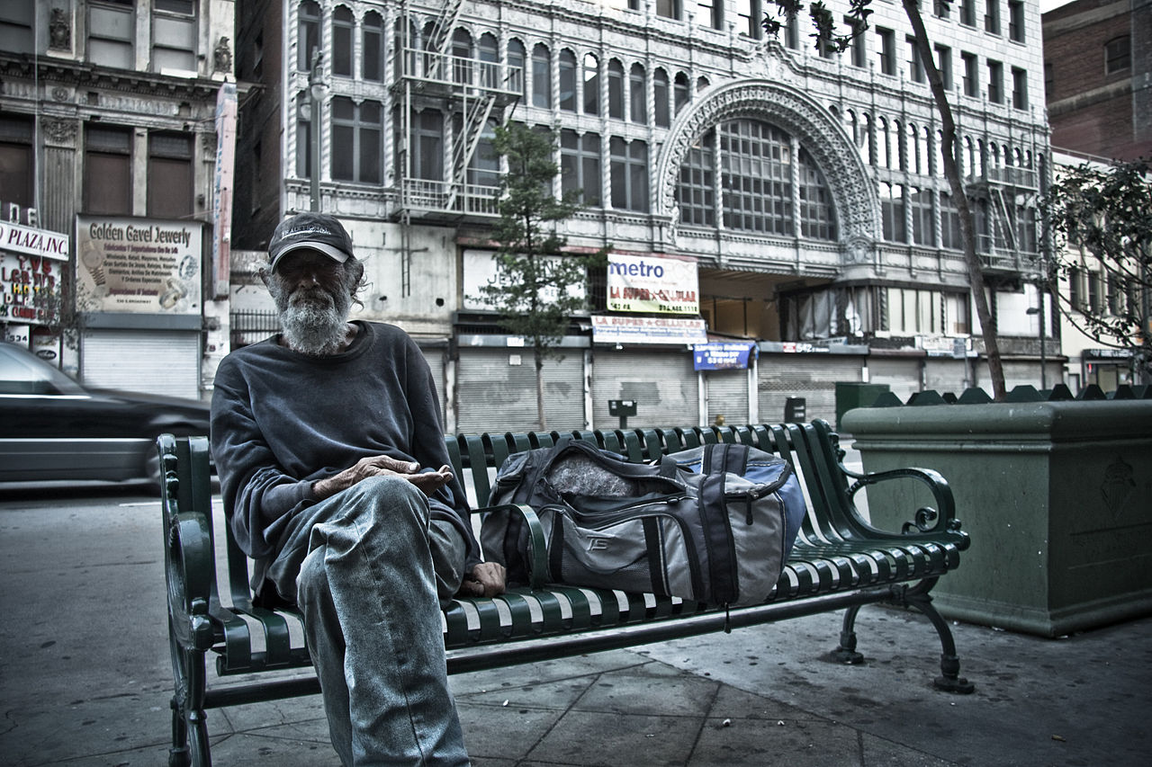 Homeless tourism, the elephant in the room